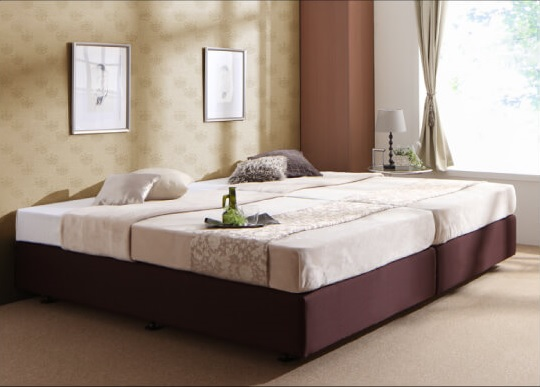 高級感のあるベッド『ホテル仕様デザインダブルクッションベッド』