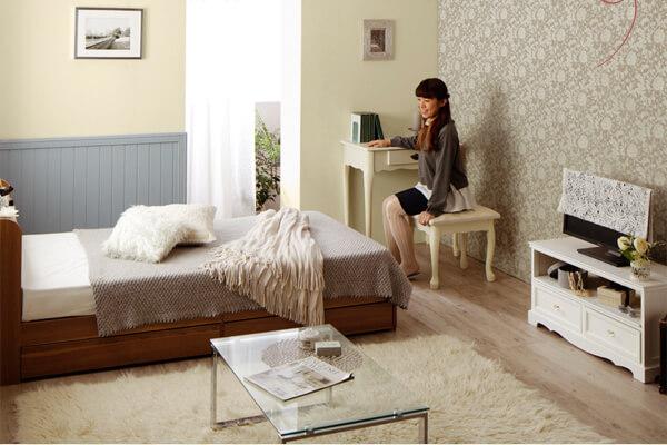 ショート丈の安くて小さいベッド『ショート丈 棚・コンセント付き収納ベッド【Caterina】カテリーナ』