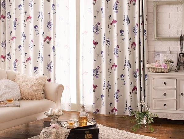 白い収納ベッドに似合うカーテン『窓を飾るカーテン インファラ Velvet Remembrance(ベルベットリメンバランス)』