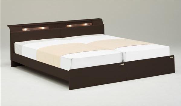 シンプルベッドフレーム通販 幅木よけのあるベッド『ベッドフレーム【DIORA】ディオラ』