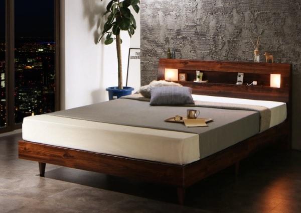 落ち着いて高級感ある大人のベッド『モダンライト・コンセント付きすのこベッド【Letizia】レティーツァ』