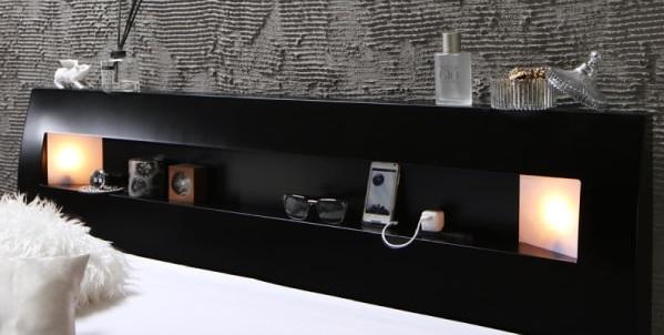 棚の両側から仄かに照らすモダンライト付きのシンプルベッド『モダンライト・コンセント付きすのこベッド【Letizia】レティーツァ』