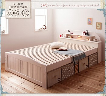 白いベッド ホワイトウォッシュのベッド『高さが調節できる!照明&宮棚&コンセント付き天然木すのこベッド【Loretta】ロレッタ』