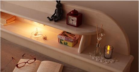シンプルベッドライトのフロアベッド『高さが調節できる!照明&宮棚&コンセント付き天然木すのこベッド【Loretta】ロレッタ』