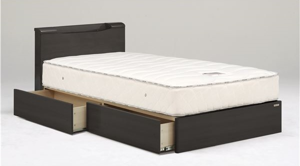 ハイグロス塗装のプレミアムな輝きのあるベッド【Riona】リオーナ