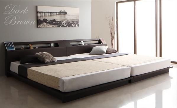 ステージレイアウトの低いベッドを2台並べる