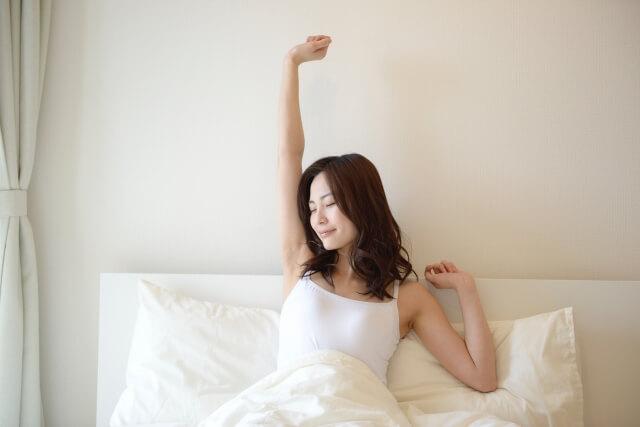 ベッドで目覚める憧れの生活