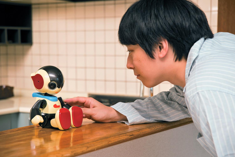『コミュニケーションロボット Robi ジュニア』と遊ぼう