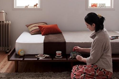 テーブルのようにお茶を置けるステージ