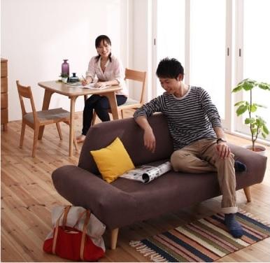 リビングダイニングのテレビを見るためのソファー『カバーリングモダンデザインローソファ【ORGA】オルガ』